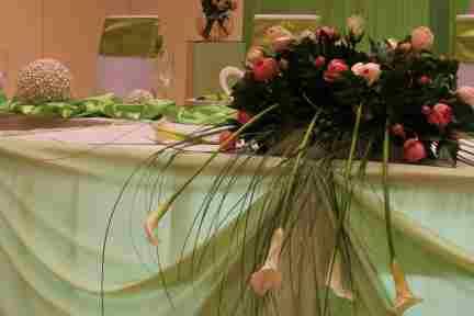 HKT0089 Brautpaar Tisch JPG