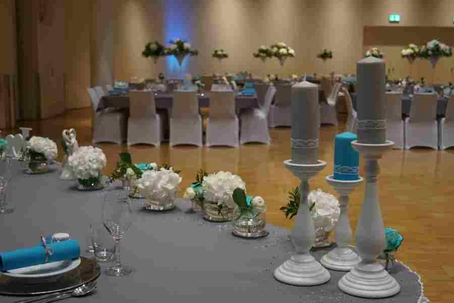 HKT0191 Brautpaar Tisch JPG